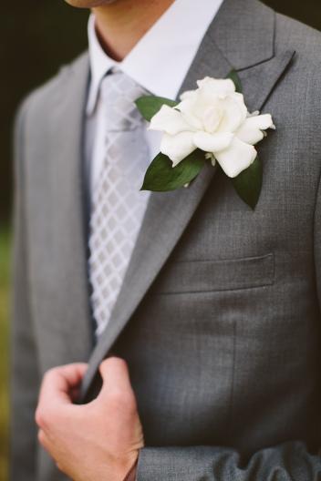 #gardeniaboutonniere #gardeniabout #vintagewedding #gardeniawedding #vintage1950'swedding #classywedding #formalwedding #gardenia #linolakesflorist #classicwedding #classicweddingflowers