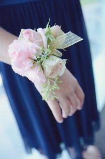 #wristcorsage #pinkandgoldwedding #blushandgoldwedding #blushwristcorsage