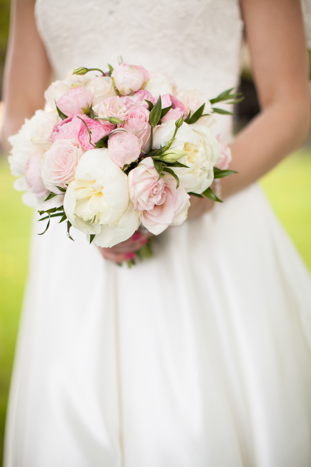 Blush pink and white bridal bouquet – Jubilee Flower Studio